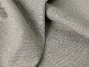 Плотная бежевая льняная ткань в рубчик