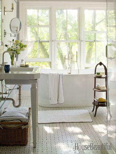 An elegant, simple master bath. Designer: Charles O. Schwarz III