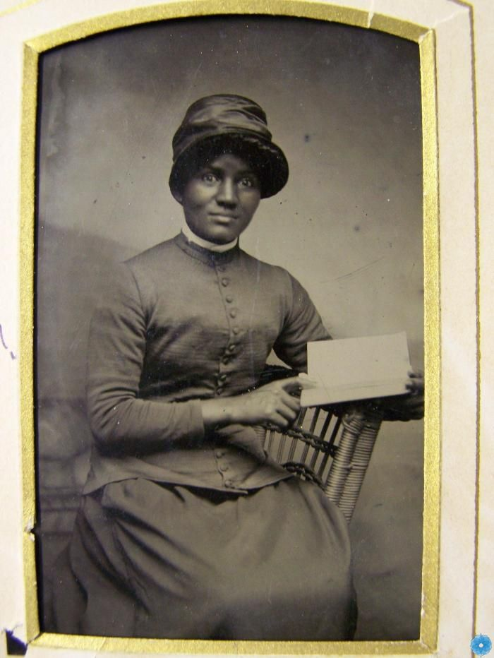 Late 19th century mystery reader. West Hants Historical Museum collection, Windsor