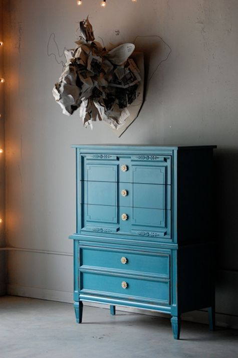 A project for my other dresser...paint!