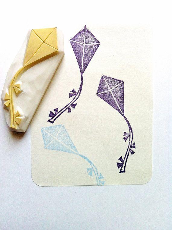 fliegender Kite Hand geschnitzte Stempel. von talktothesun auf Etsy