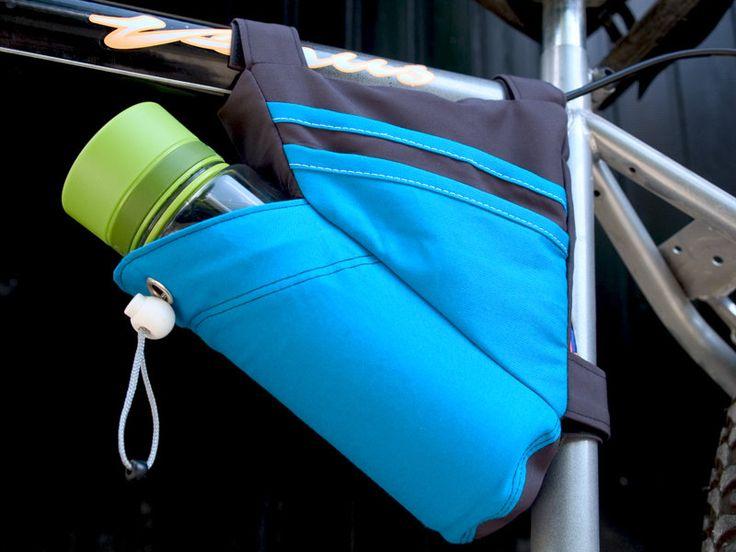 Crossbar Bike Bag Pattern by TutorialGirl on Etsy https://www.etsy.com/listing/156766676/crossbar-bike-bag-pattern