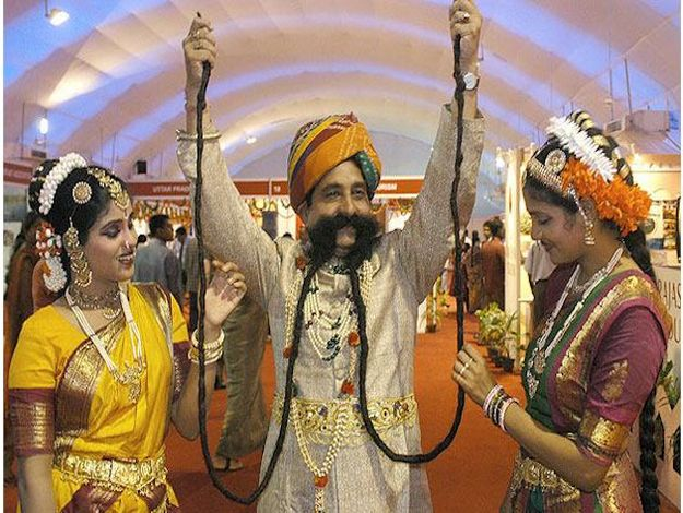 This Is The World's Largest Longest Mustache: 14 Foot, Things Mustache, Longest Mustache, 14Foot Mustache, Hindu Mustache, 14 Feet, Indian Man, Biggest Mustache, Man Caves