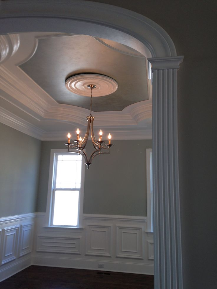 Dramatic ceiling effects for your home - especially dining rooms!  Metallic glaze pearl and silver tray ceiling