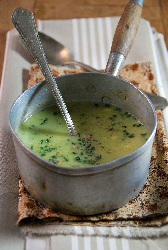 Velouté de courgette au fromage frais et ciboulette {recette végétarienne}