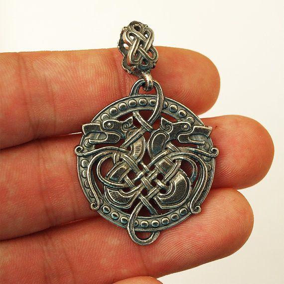 Loup celtique collier Wolf loup bijoux pendentif par BDSartJewelry