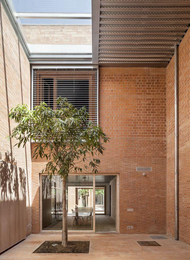 M s de 1000 ideas sobre fachada de ladrillo rojo en - Casas en granollers ...