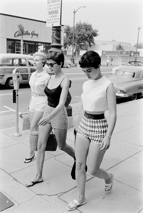 U.S. Female Short Pants, Beverly Hills, L.A., California, 1950s // photo by Allan Grant