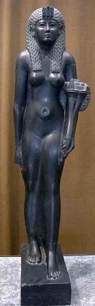 Estatua de basalto negro de Cleopatra VII. Museo del Hermitage. San Petersburgo, Rusia.
