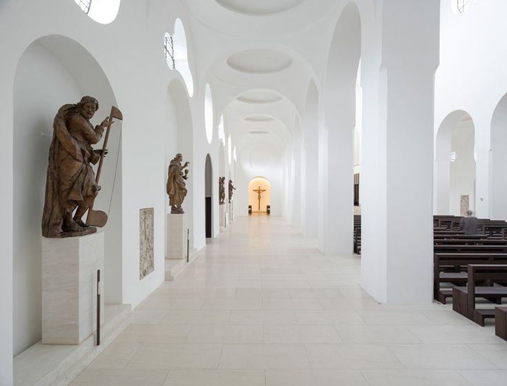 The-Architects-Choice-john-pawson-st-moritz-church-03.jpg