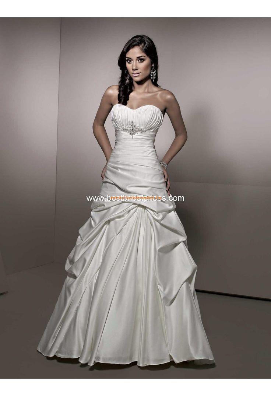 Robe de mariée originale satin col coeur taille empire