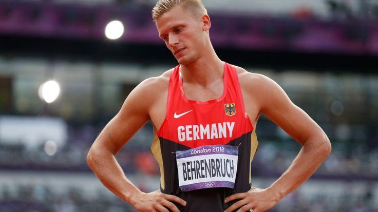 Wer zu Olympia fährt, will meist Medaillen gewinnen. Es kann jedoch auch ganz anders laufen: Ein chinesischer Sprinter erlebt ein Drama wie 2008, die deutschen Beckenschwimmer gehen völlig leer aus - und ganz Spanien muss lernen, wie es ist, im Fußball zu verlieren.