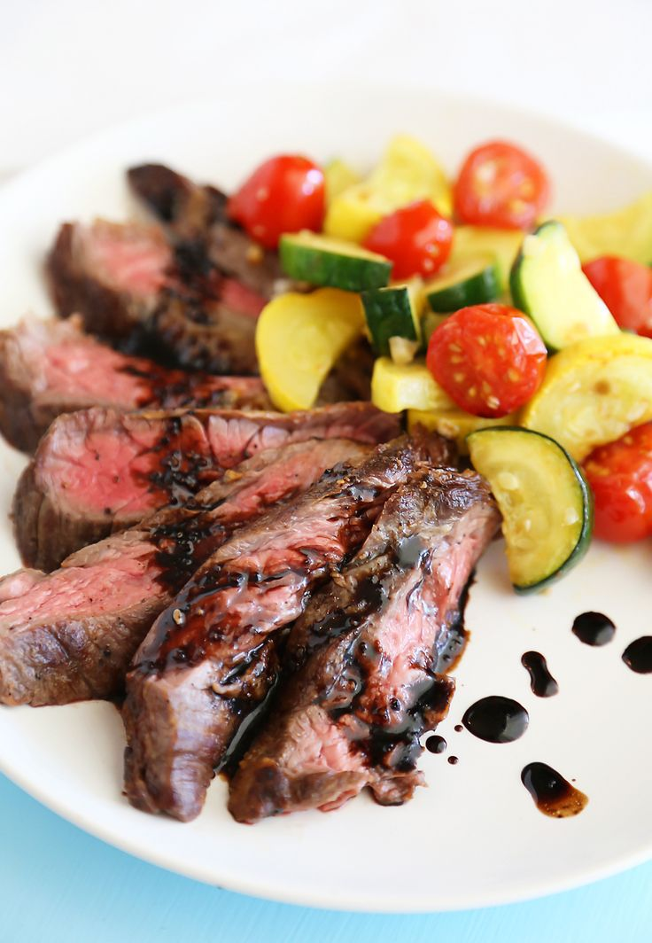 Skillet Balsamic Skirt Steak with Garlic Zucchini, Squash and Tomatoes - Melt-in-your-mouth tangy, tender steak dinner with veggies, easily made in one skillet! Thecomfortofcooking.com