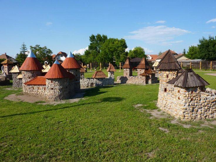 Dinnyés - Várpark 2015-08-16