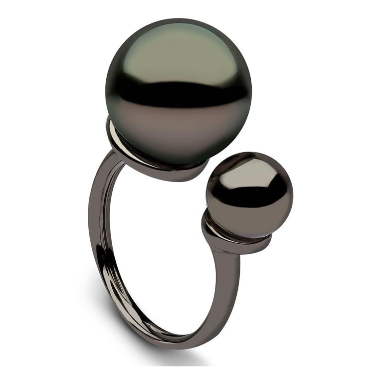 Between-the-finger pearl ring