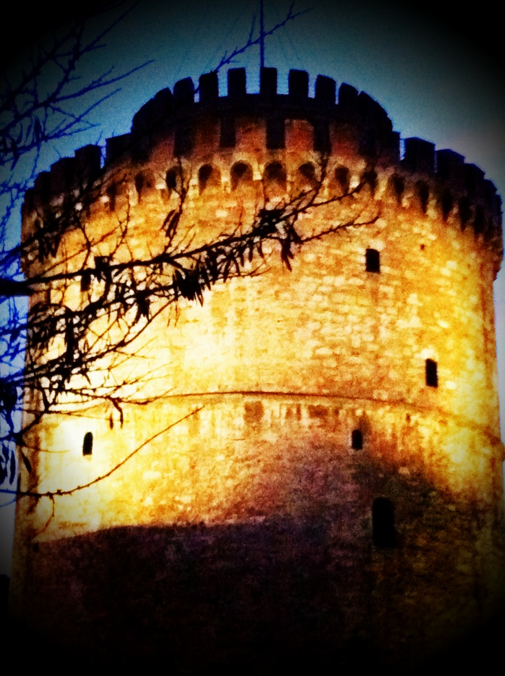"""Thessaloniki, the """"white tower"""". Greece - Symbol of the Sovereignty of Greece in Macedonia was the setting of the torture and death of many Greeks by Ottoman invaders - Liberated Greece from Ottoman yolk - History of Macedonia the kingdom of Greece in Modern Times  #History #Macedonia #Greece #modern #Times #Liberated from #ottoman #yolk #Thessaloniki #Thassos #Florina #Kastoria #Drama #Kavala #Serres #Pella #Vergina #Veroia #Imanthia #Athos #Chalkidiki"""
