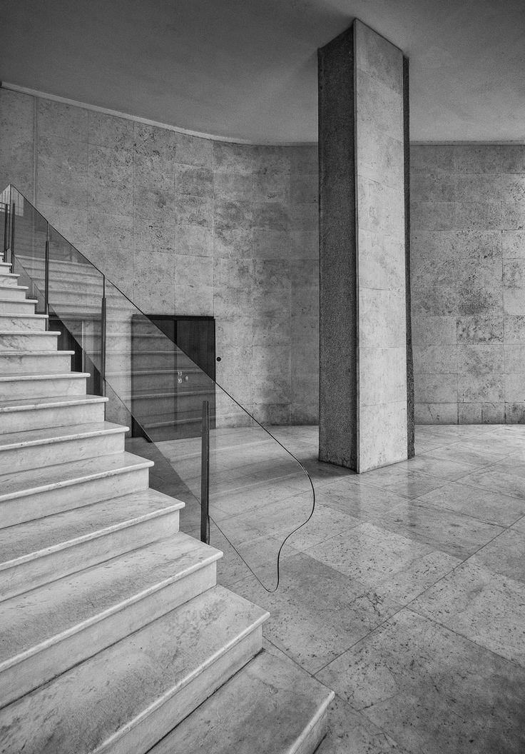 Alessandro Guide · Luigi Moretti: The Sunflower · Italian Architecture