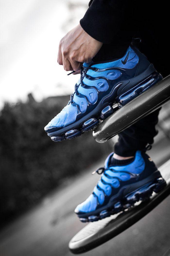 baskets tendance printemps 2018 Nike VaporMax Plus bleu en