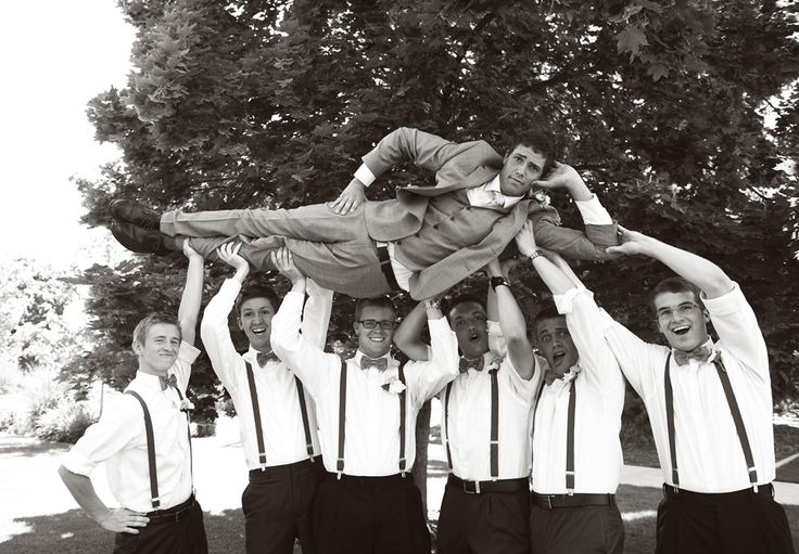 RaeTay Photography >>Funny groomsmen picture, groomsman picture, creative groomsmen picture