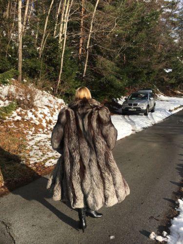 Gorgeous Silver Fox Fur Coat renard manteau de long