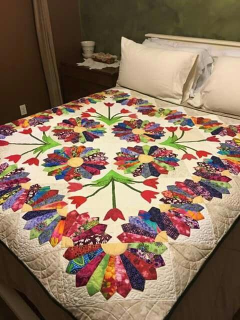 10 ideas sobre edred n de flores en pinterest patrones - Patrones colchas patchwork ...