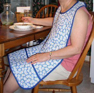 A tutorial for adult apron-bibs, a good opportunity for a charity sewing project.