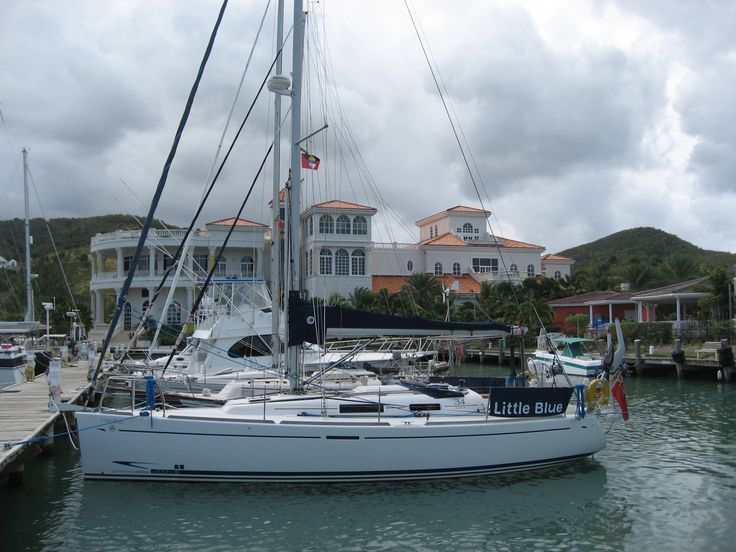 Lovely quite Marina with good wifi and supermarket