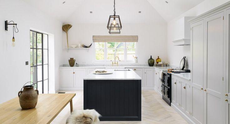 The Coach House Kitchen | deVOL Kitchens