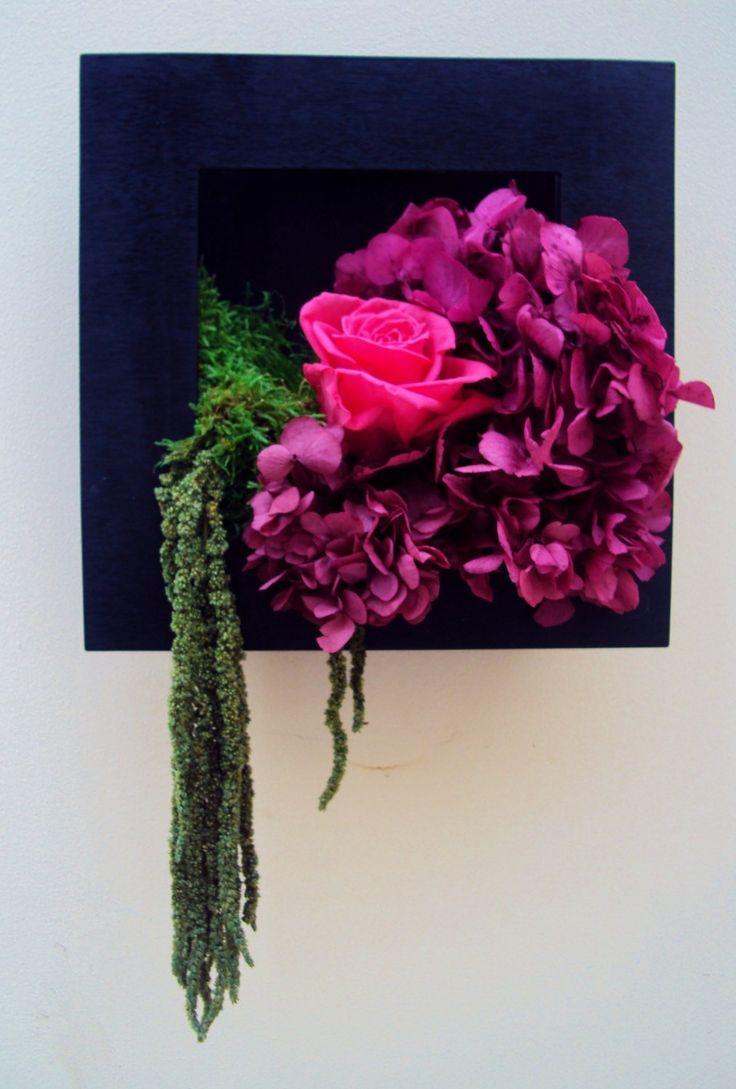 cadre tableau vegetal roses hortensias ternelles fleur. Black Bedroom Furniture Sets. Home Design Ideas