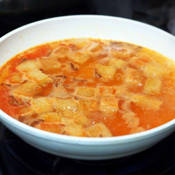 にんにくスープ(ソパ・デ・アホ) by 加瀬 まなみ | レシピサイト「Nadia | ナディア」プロの料理を無料で検索