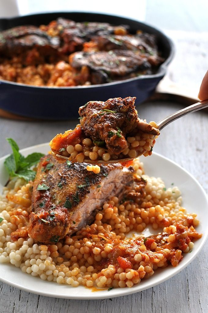 Syrian Chicken with Giant Couscous - made with everyday ingredients, chicken is baked in an aromatic tomato sauce. Served with giant couscous (sub with ordinary couscous or risoni/orzo) #chicken #syrian #baked