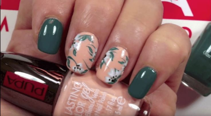 http://www.chedonna.it/2015/09/29/nail-art-mille-fiori/
