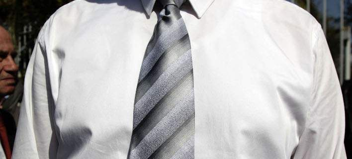 Τι ρούχα προτιμούν οι Ελληνες για το γραφείο -Τι έδειξε έρευνα [εικόνες]