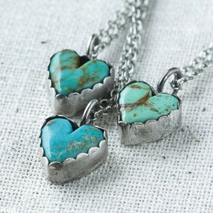 Turquoise stone heart pendant; necklace;