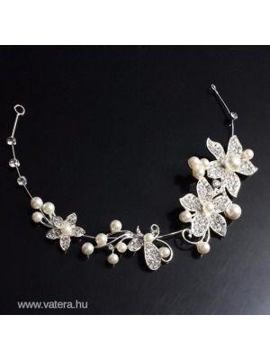 0e2ca7f876 Fehér gyöngyös virág pillangó esküvői menyasszonyi fejdísz tiara AZONNAL