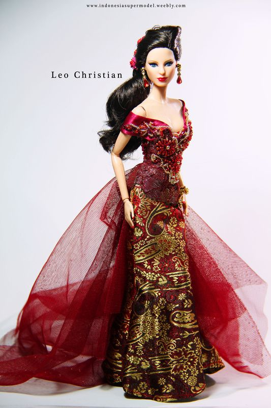Barbie in Kebaya Indonesia 1