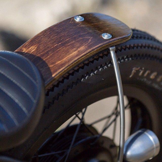 Beautiful wood rear fender on @holiday_cycles XS650 | Photo by @pierrerobichaudphoto #yamaha #xs650