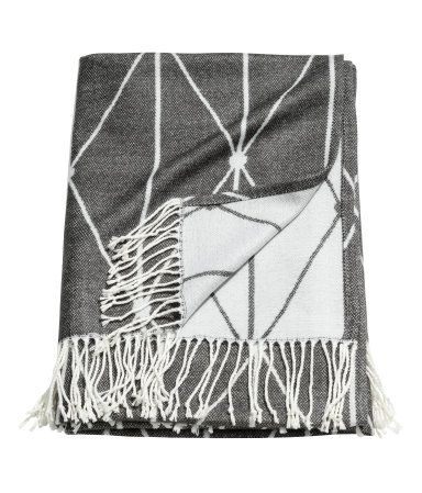 Jacquard-weave Throw | Charcoal gray | H&M HOME | H&M US