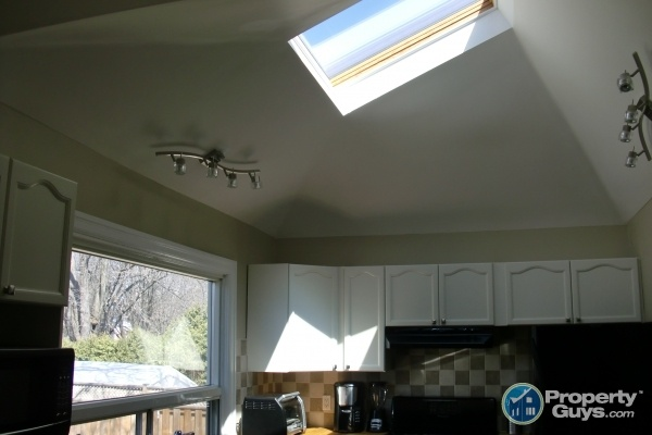 Sky light in the kitchen.  Can you believe it!