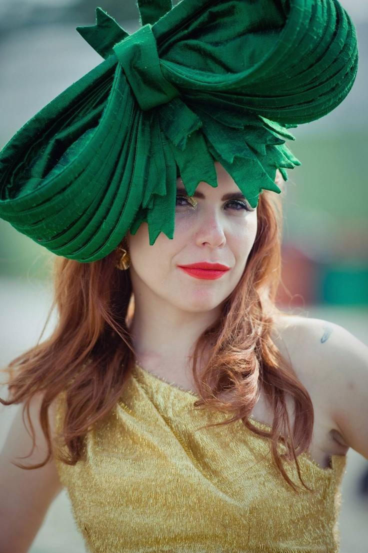 Paloma Faith sporting a gorgeous Emerald hat!