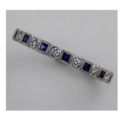 Love sapphires on a wedding band!