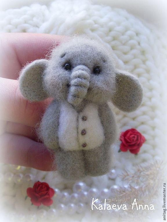 Слоник Счастливчик (брошь)! - серый,слоник брошь,брошь,брошка,брошка ручной работы
