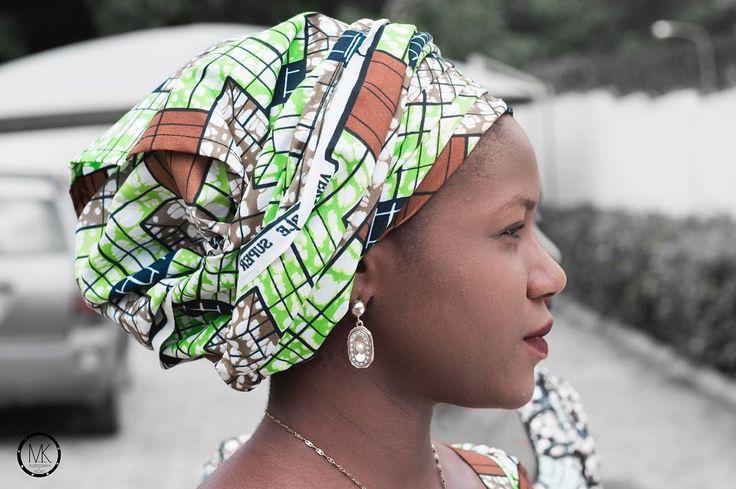 Family is everything  . . . . . . . . . . . . . . . . . . . . . . . . . . . . . . . . #bellanaija #naijaweddings #asoebi #owanbe #styleblogger #lifestyleblogger #beautyblogger #potd #traditionalwedding #weddings #naijalifemagazine #beautifulgirls #ladies #abuja #africanskillingit #southafrica #africanqueen #africanpride #akara #traditional #nigeria  #queening #beautiful #fashionista #slay #slayer  #trend #ghana #africansweetheartweddings #africa