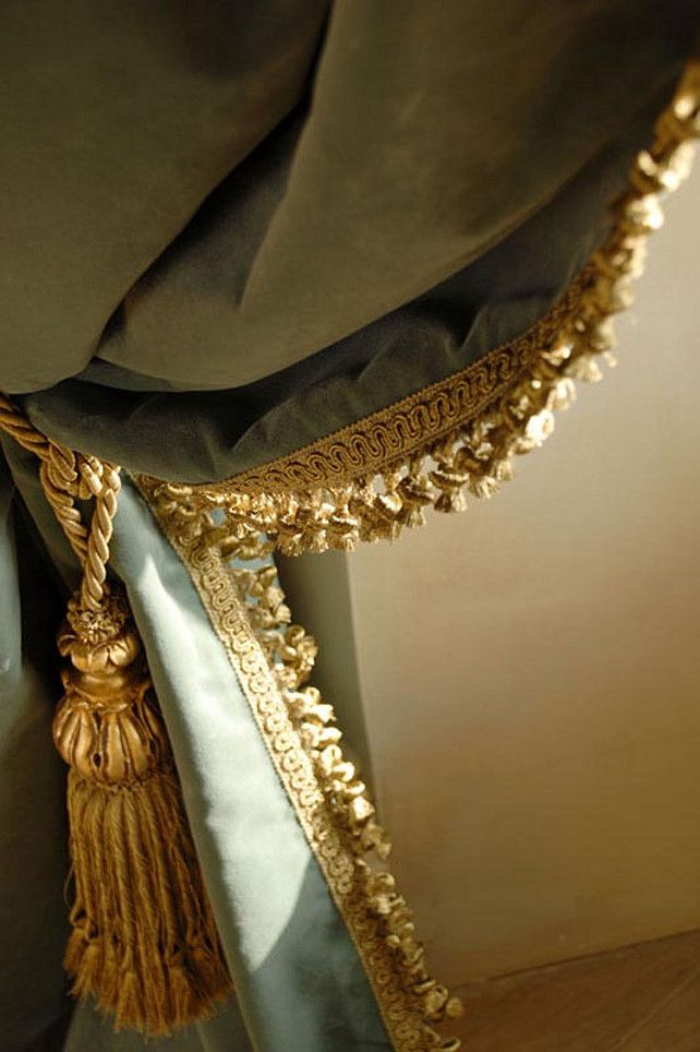 Best 25 gold curtains ideas on pinterest black and for 18th century window treatments