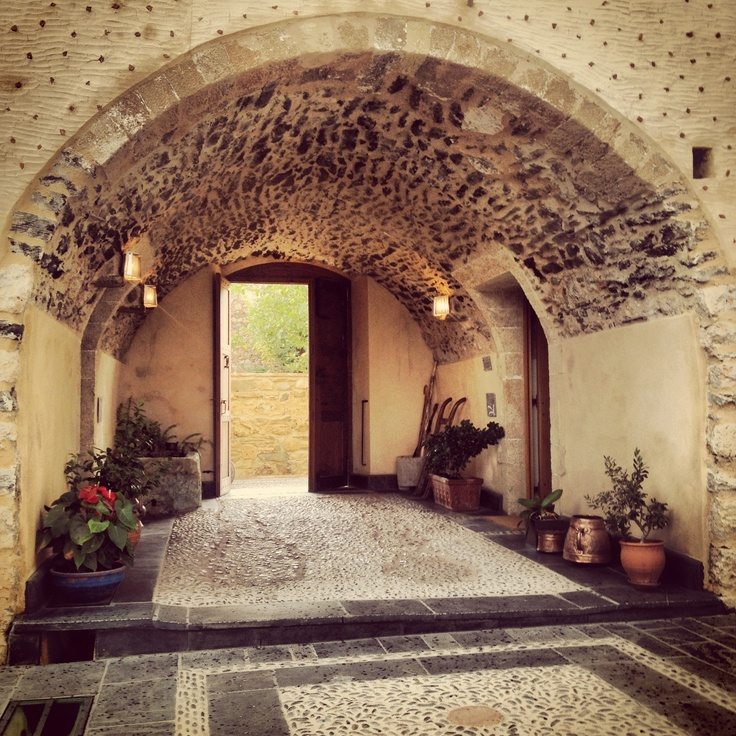 Entrance to the Kinsterna Hotel & Spa