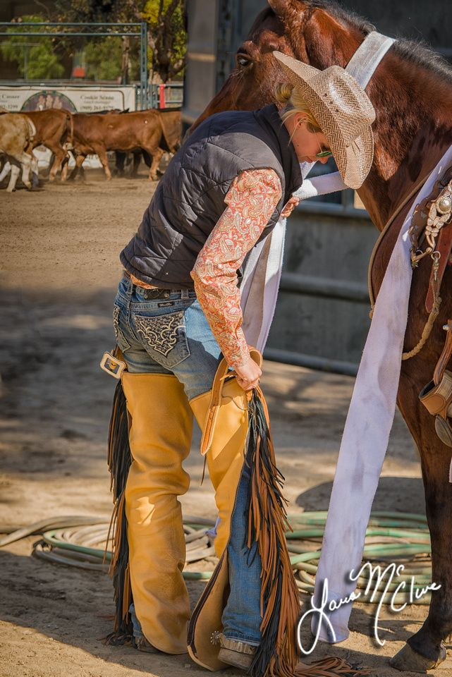 cowgirls-in-chaps-only-ayne