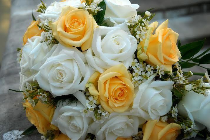 Przepis Na Slub Bukiet Slubny Eustoma Fashionable Blog Lifestylowy Blog Modowy Blog Podrozniczy I Blog Anny I Jakub Table Decorations Flowers Decor
