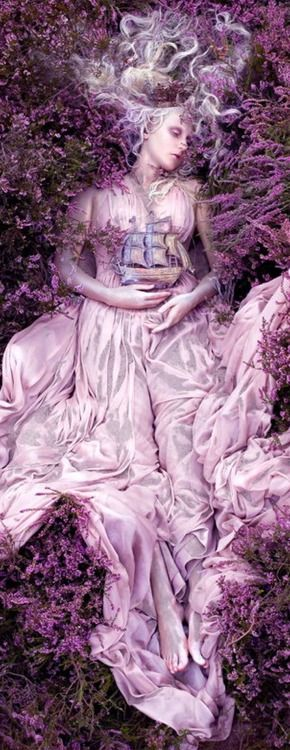 Regilla ⚜ Artistic photography- Kirsty Mitchell