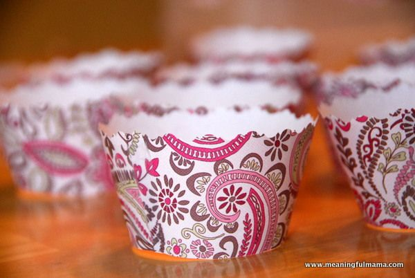 wtf use scrapbook paper, a border punch and make your own...............Meaningful Mama: Day #297 - Make Your Own Cupcake Liner with Free Printable
