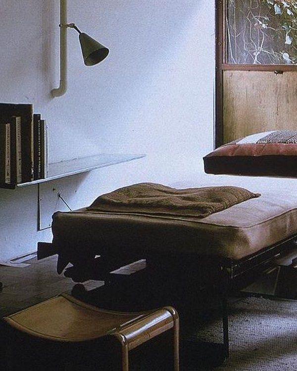 Maison de Verre | Bedroom